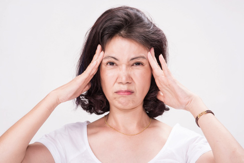 Đau đầu nhức đầu khi ho