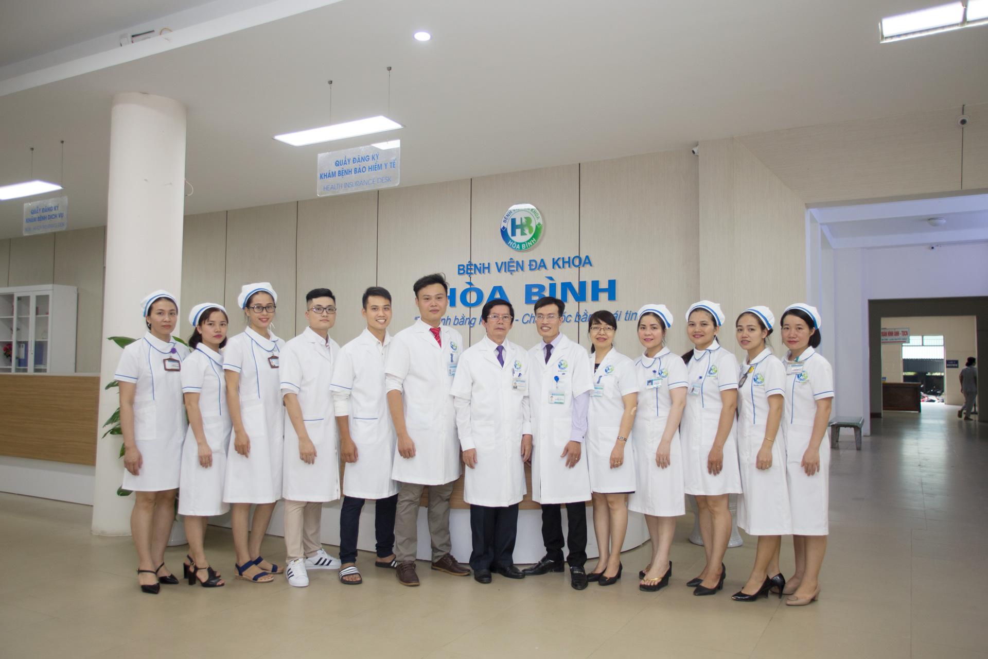 Ảnh nhân viên tại bệnh viện đa khoa Hòa Bình