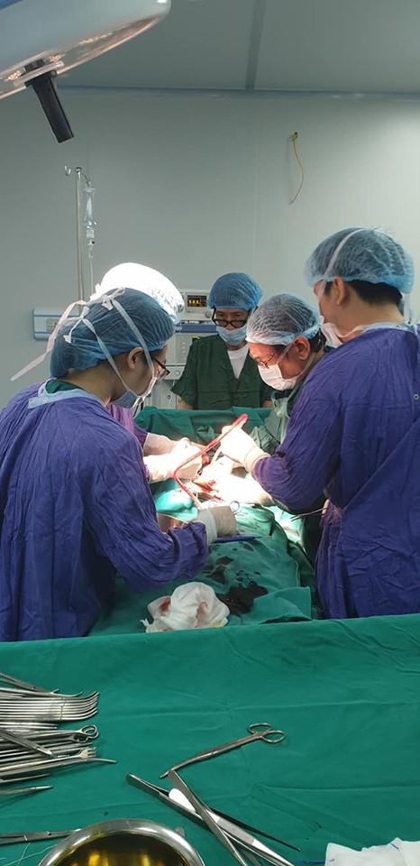Bệnh nhân chửa ngoài tử cung trong tình trạng nguy cấp được cứu sống tại bệnh viện đa khoa Hòa Bình Hải Dương